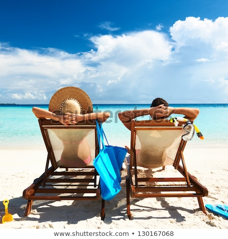 Dziewcząt sandały piasku plaży srebrny Zdjęcia stock © bigandt