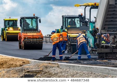 rodovia · estrada · reconstrução · sinais · de · trânsito · blue · sky · nuvens - foto stock © simazoran