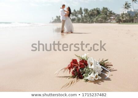 Yeni evli çift gülen kadın Stok fotoğraf © Kzenon