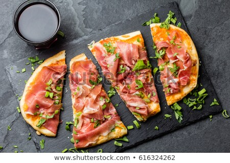 Hiszpanski pizza szynka tekstury żywności tle Zdjęcia stock © brebca
