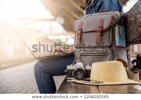 旅人 · バックパッカー · 座って · 列車 · 旅行 · 旅 - ストックフォト © ijeab