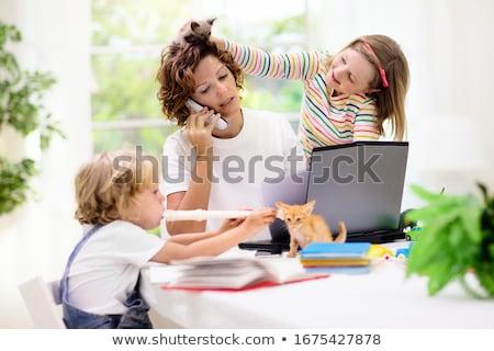 Stock fotó: Anya · dolgozik · laptop · baba · fiú · otthon