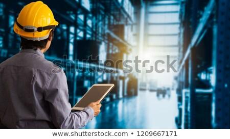 trabalhador · atendimento · ao · cliente · operário · de · fábrica · produção · gerente · veja - foto stock © kzenon