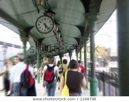 klok · drukke · station · metro · asia · lijn - stockfoto © lewistse