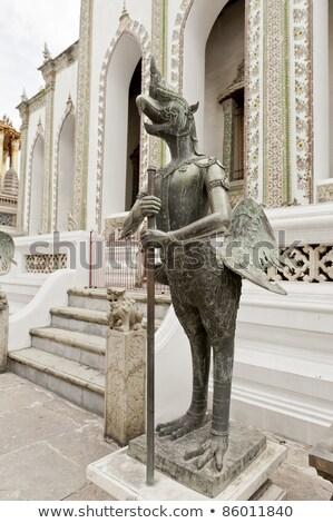 Vogel standbeeld paleis Bangkok decoratie vrouw Stockfoto © romitasromala