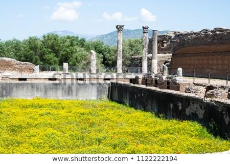 Antigua ruinas Villa agua viaje lago Foto stock © vladacanon