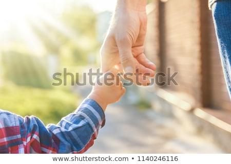 bebé · dedo · padres · primer · plano · manta - foto stock © andreypopov