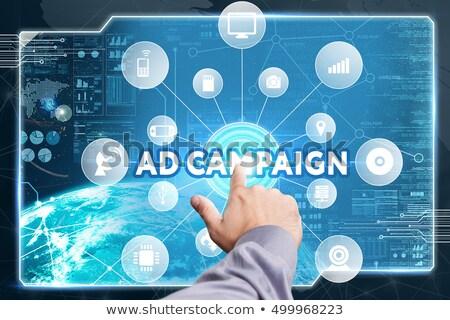 Advertentie campagne ring afbeelding kantoor map Stockfoto © tashatuvango