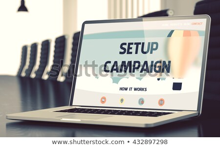 Kampanya dizüstü bilgisayar ekran iniş sayfa Stok fotoğraf © tashatuvango