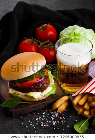 Taze sığır eti Burger sos sebze cam Stok fotoğraf © DenisMArt