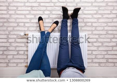 Casal para cima pé radiador branco Foto stock © AndreyPopov