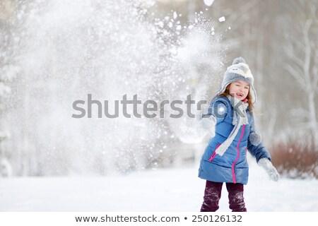 女の子 雪玉 実例 少女 子 雪 ストックフォト © adrenalina