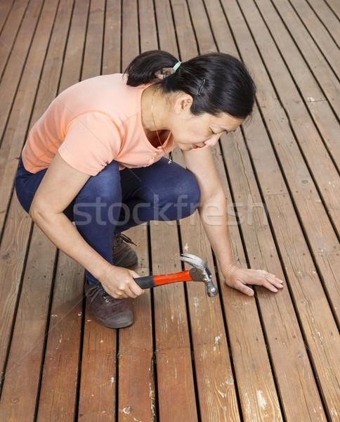 Olgun kadın ahşap sedir güverte dikey fotoğraf Stok fotoğraf © tab62