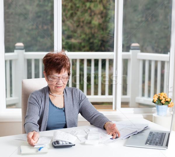 Supérieurs femme déception travail financière Photo stock © tab62