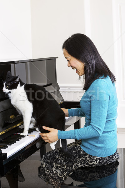 Chat sautant clavier piano vertical Photo stock © tab62