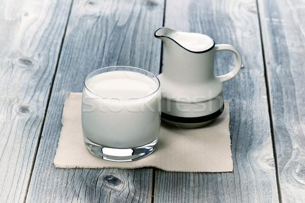 Vidro leite pequeno idade madeira vintage Foto stock © tab62