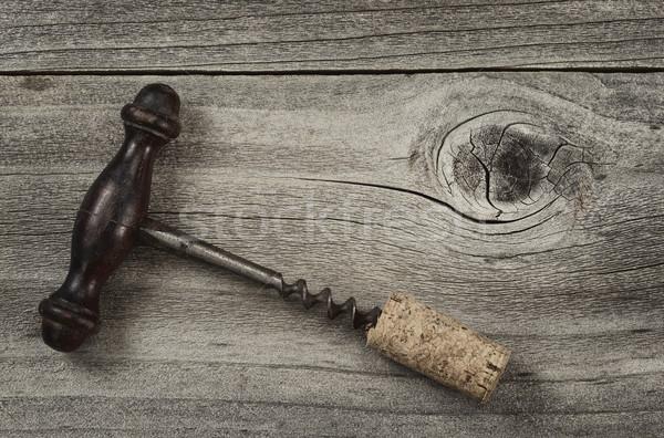 Vieux tire-bouchon attaché Cork rustique bois Photo stock © tab62
