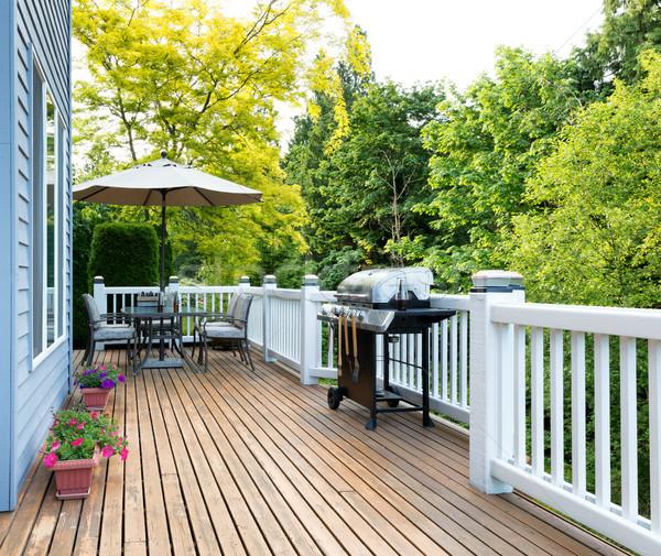Otthon fedélzet belső udvar szabadtér bútor BBQ Stock fotó © tab62