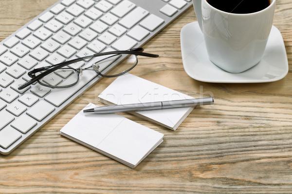 Közelkép boglya névjegyek fából készült asztali ezüst Stock fotó © tab62