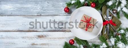 Table fêtes vacances dîner roses rouges argenterie Photo stock © tab62