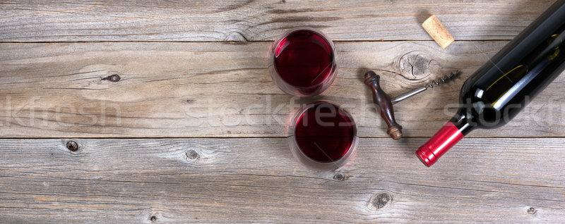 Foto stock: Garrafa · vinho · tinto · velho · completo · potável