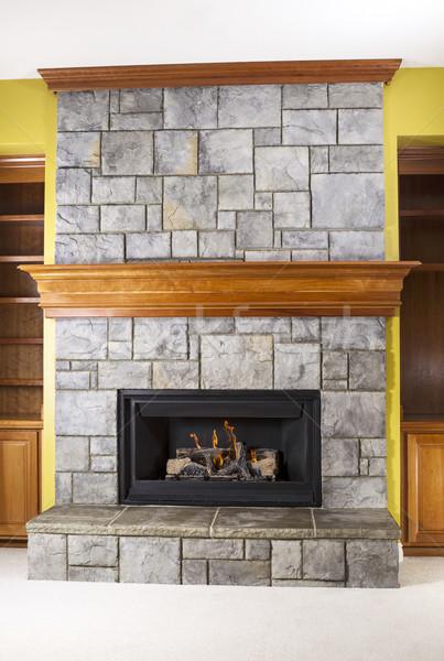 Földgáz kandalló kő fa fából készült család Stock fotó © tab62