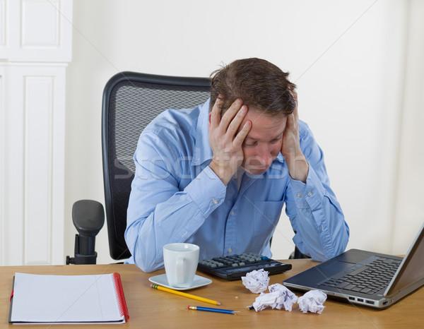 Reifer Mann Enttäuschung arbeiten halten Kopf Stock foto © tab62