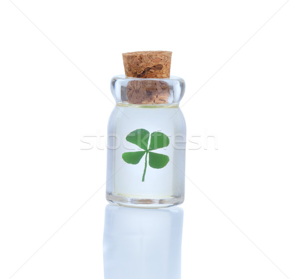 Quattro foglia trifoglio bottiglia giorno simbolo Foto d'archivio © tab62