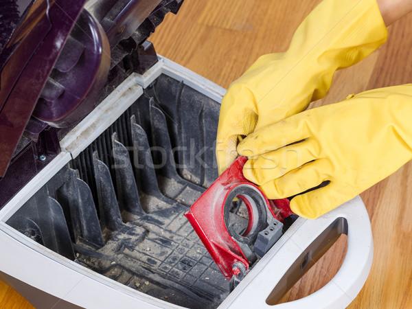 Aspirapolvere foto mani legno duro Foto d'archivio © tab62