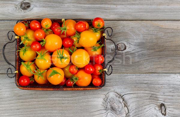 Stok fotoğraf: Taze · bütün · domates · sepet · üst · görmek