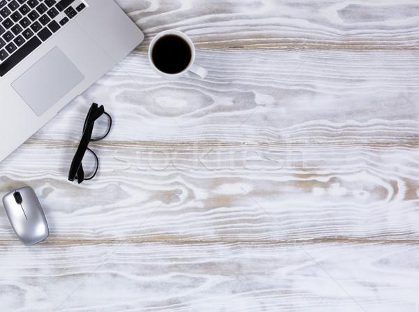 Dolgozik drótnélküli mobil asztali rusztikus fehér Stock fotó © tab62