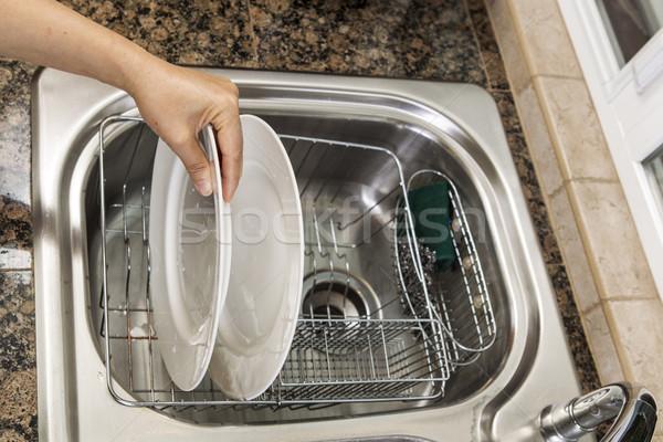 Gerechten hand witte schaal huis Stockfoto © tab62
