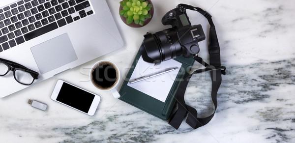 Márvány asztali modern mobil eszközök sötét Stock fotó © tab62