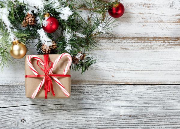 Papier coffret cadeau bonbons fêtes décoré Photo stock © tab62