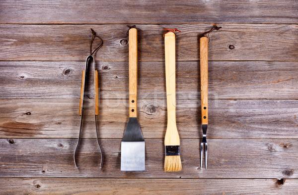 Kullanılmış mutfak gereçleri barbekü pişirme rustik ahşap Stok fotoğraf © tab62