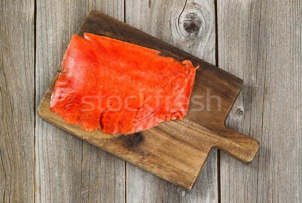 Koud gerookt Rood zalm houten server Stockfoto © tab62