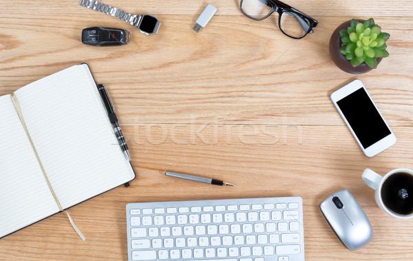 表示 赤 オーク デスクトップ ワイヤレス技術 先頭 ストックフォト © tab62
