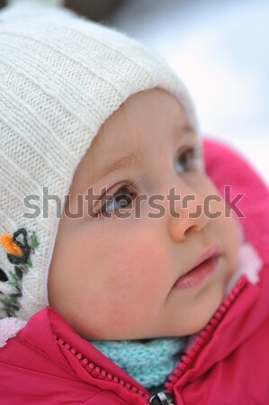 Stok fotoğraf: Küçük · kız · kış · güzellik · eğlence · şapka · beyaz