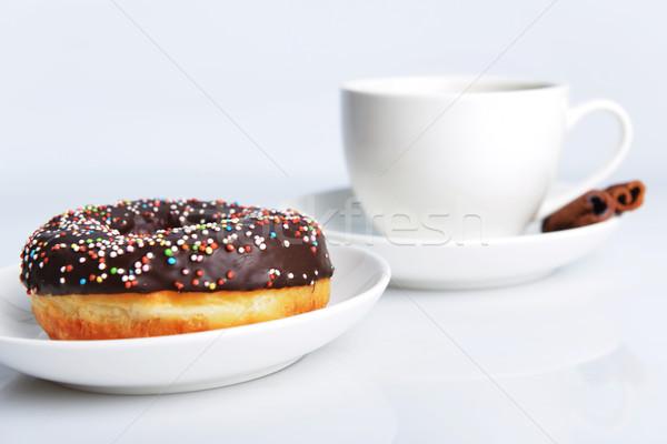 Cup caffè dolce ciambella cioccolato ciliegina Foto d'archivio © taden