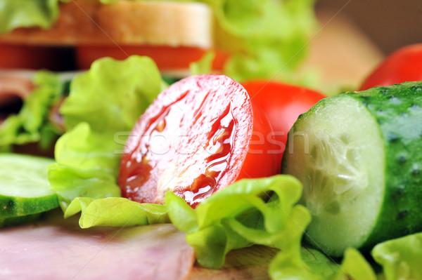 Smaczny kanapkę świeże drewniany stół tabeli czerwony Zdjęcia stock © taden