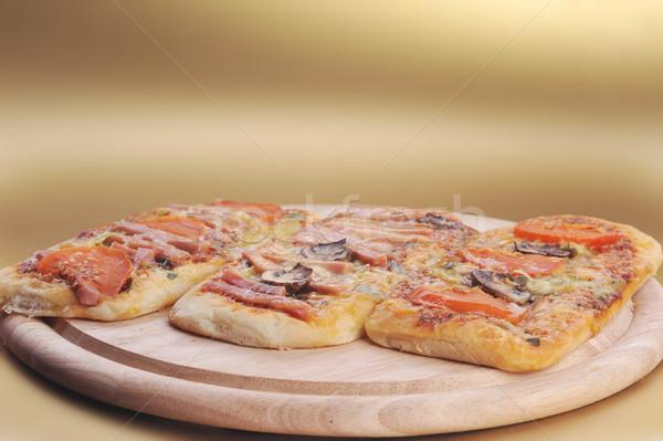 Foto stock: Três · pequeno · pizza · beber · acelerar