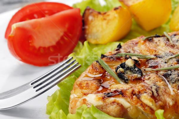 Frito carne patatas rebanadas tomate Foto stock © taden