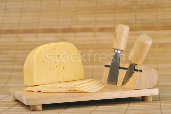 Prato facas queijo utensílios de cozinha Foto stock © taden