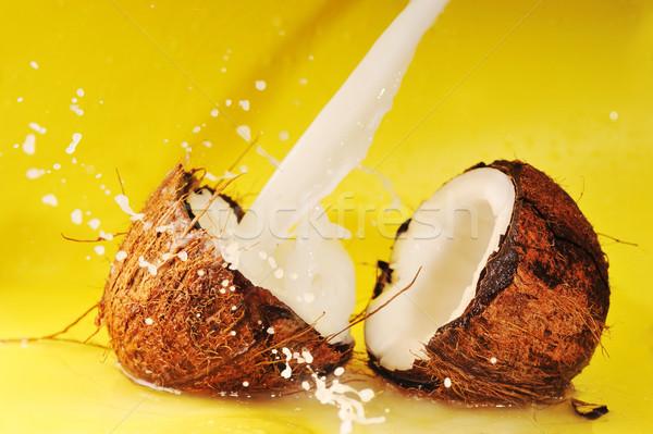 кокосовое молоко всплеск кокосового желтый Сток-фото © taden
