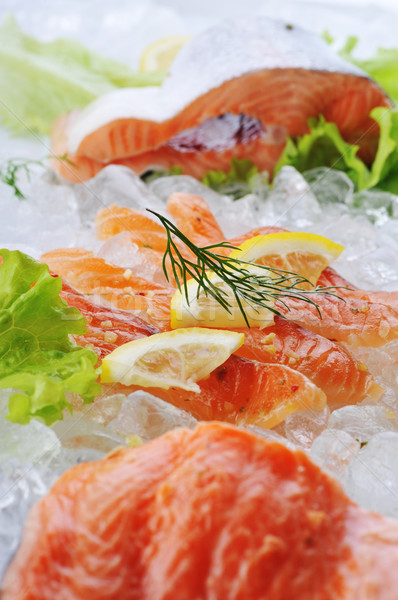 Rojo peces hielo piezas limón alimentos Foto stock © taden