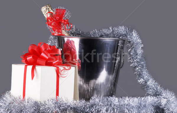 Foto stock: Navidad · símbolos · cubo · champán · botella · guirnalda