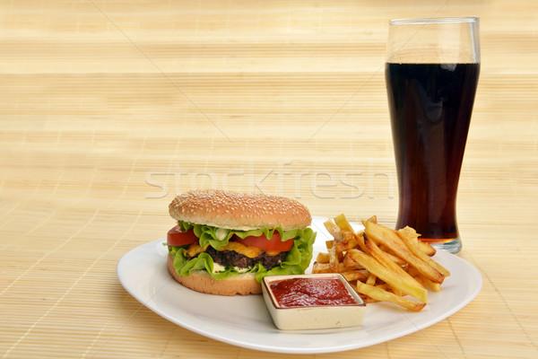 быстрого питания вкусный гамбургер картофель фри Cola продовольствие Сток-фото © taden
