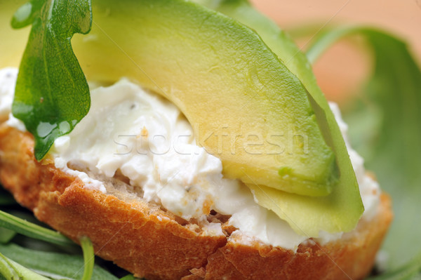 Sandwich geroosterd brood heerlijk avocado spinazie Stockfoto © taden