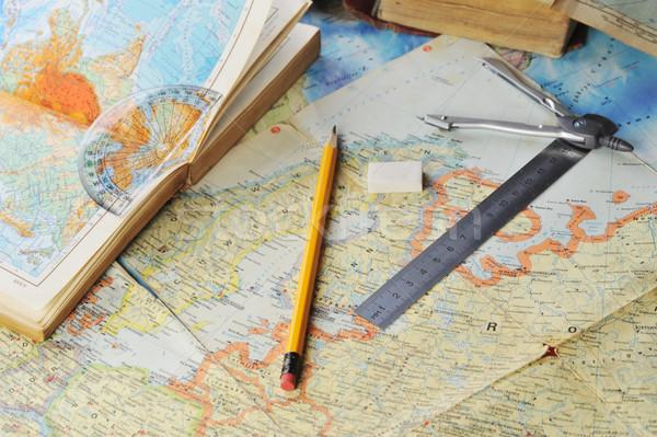 Térkép kinyitott öreg atlasz könyv papír Stock fotó © taden