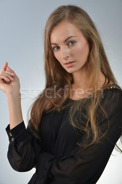 Rubio atractivo largo pelo Foto stock © taden
